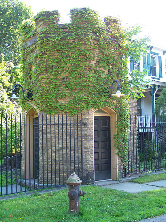 Snug Harbor west gate house